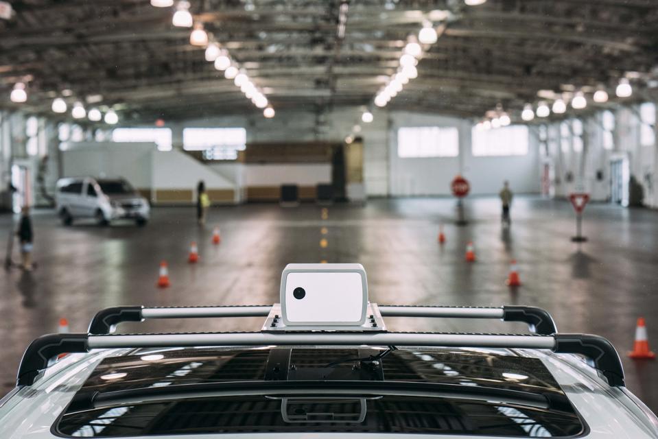 Garage Parking Aid Platinum Dual Power Auto On Off Senses Vehicle Movement Gray