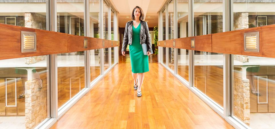 Bridgewater's New Brain: A Millennial Woman Is Blazing To The Top Of