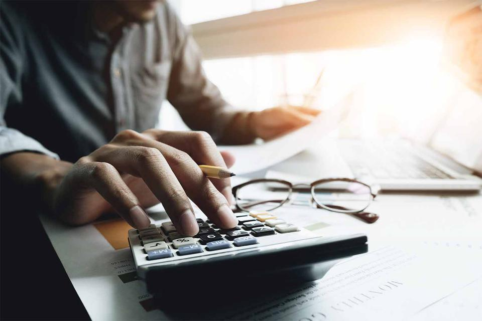 Due to sequence of returns risk, a strong retirement income strategy involves more complicated maneuvers than simple retirement planning calculators can provide.