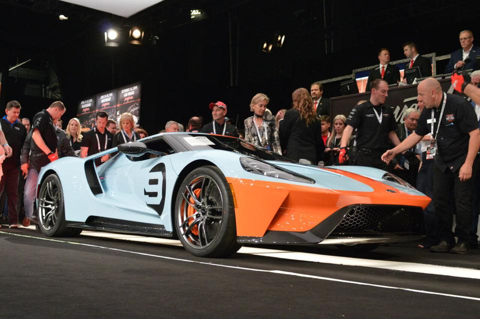 This first-to-run-off-the-assembly-line 2019 Ford GT Heritage brought in $2.5 million for the United Way.