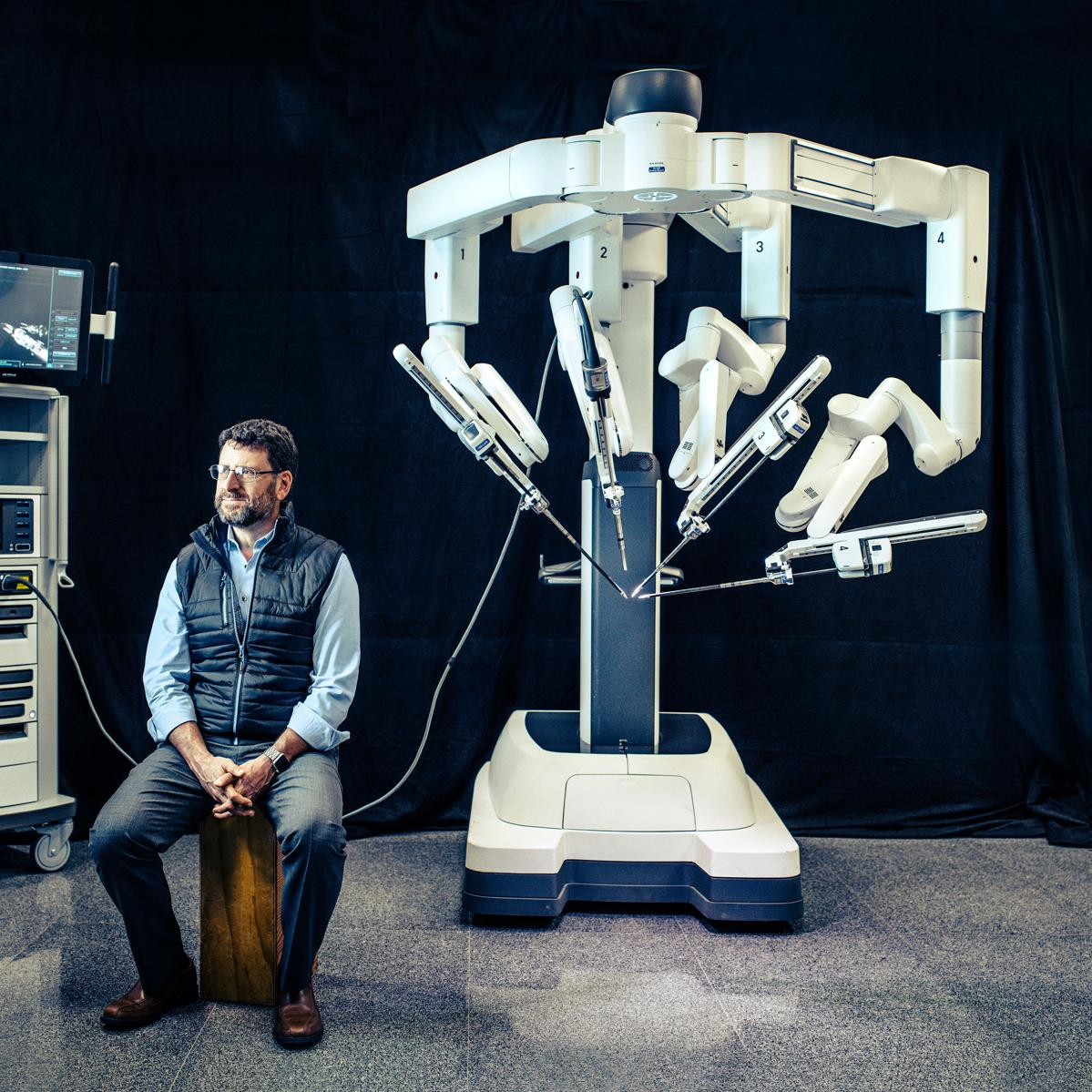 Robot Wars: $60B Intuitive Surgical Dominated Its Market For 20 Years. Now Rivals Like Alphabet Are Moving In.