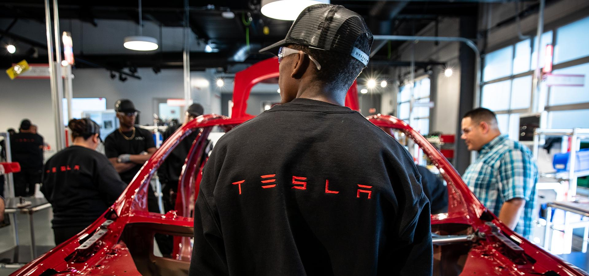 Inside Tesla's Model 3 Factory, Where Safety Violations Keep