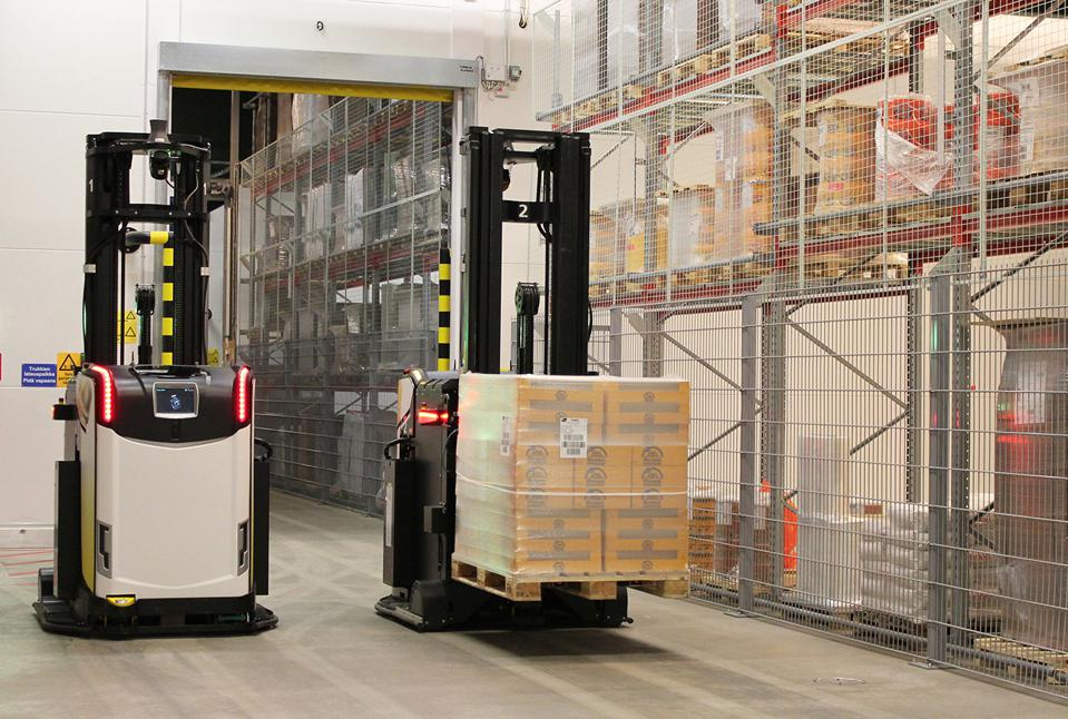 From The Stack To The Floor: How The Logistics Of Warehouse Production Is Changing
