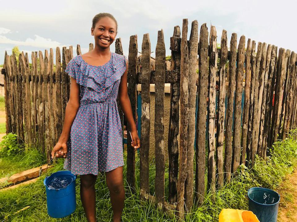 UNICEF and S'Well are providing safe, clean water and improved sanitation facilities in Madagascar so girls like Roasoanantenaina, 17, can stay in school.