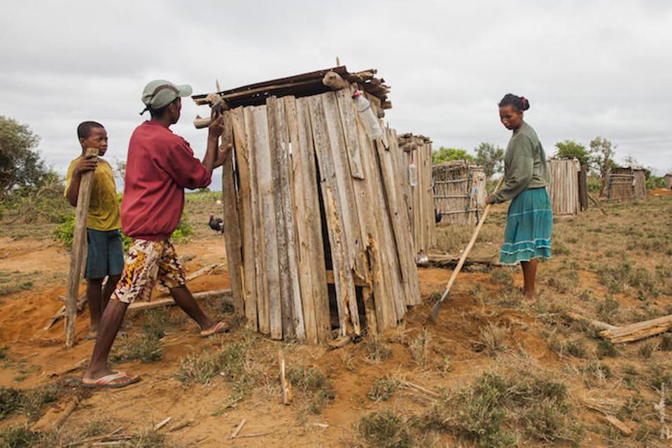 UNICEF and partners build latrines from local materials in rural Madagascar, improving health and sanitation for all. UNICEF-trained coaches work with community influencers and local authorities to encourage communities to stop open defecation, which leads to contaminated water and disease.