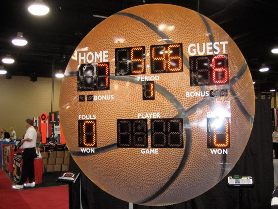 Basketball scoreboard by Sportable Scoreboards