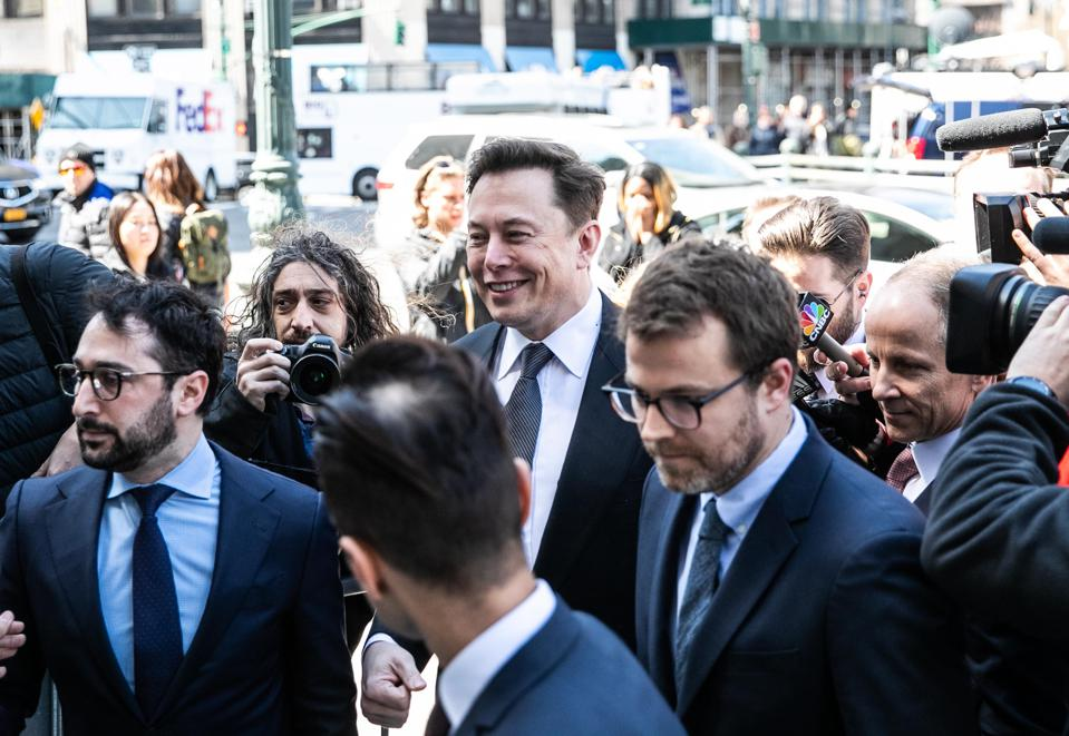 Elon Musk Lives To Fight Another Day As Judge Orders Him To Work Out Twitter Dispute With SEC