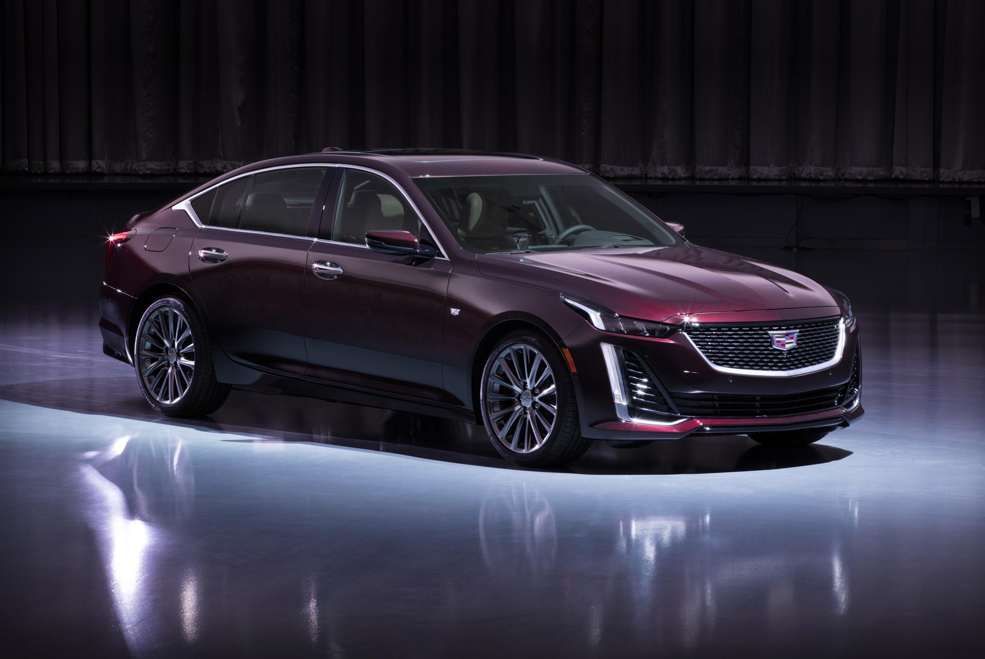 2020-Cadillac-CT5-PremiumLuxury-010