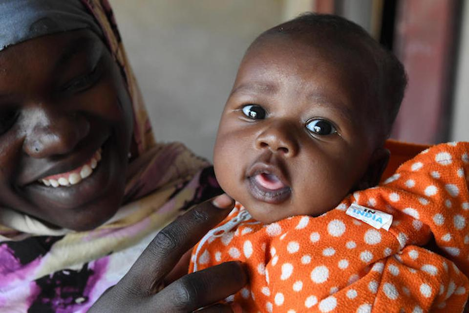 Thanks to immunization, this mother and her baby are protected from tetanus.