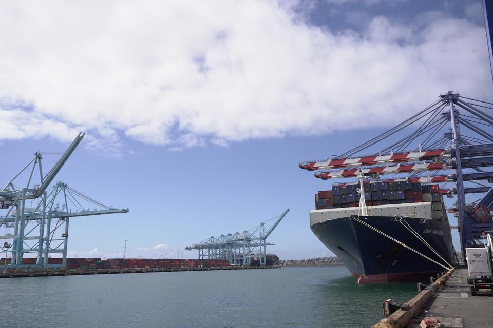 High container volume into ports causes port congestion.