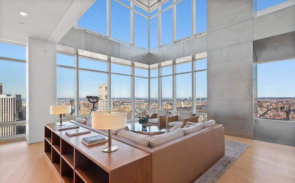 Steve Cohen's $45 million residence at One Beacon, New York, is on the market.