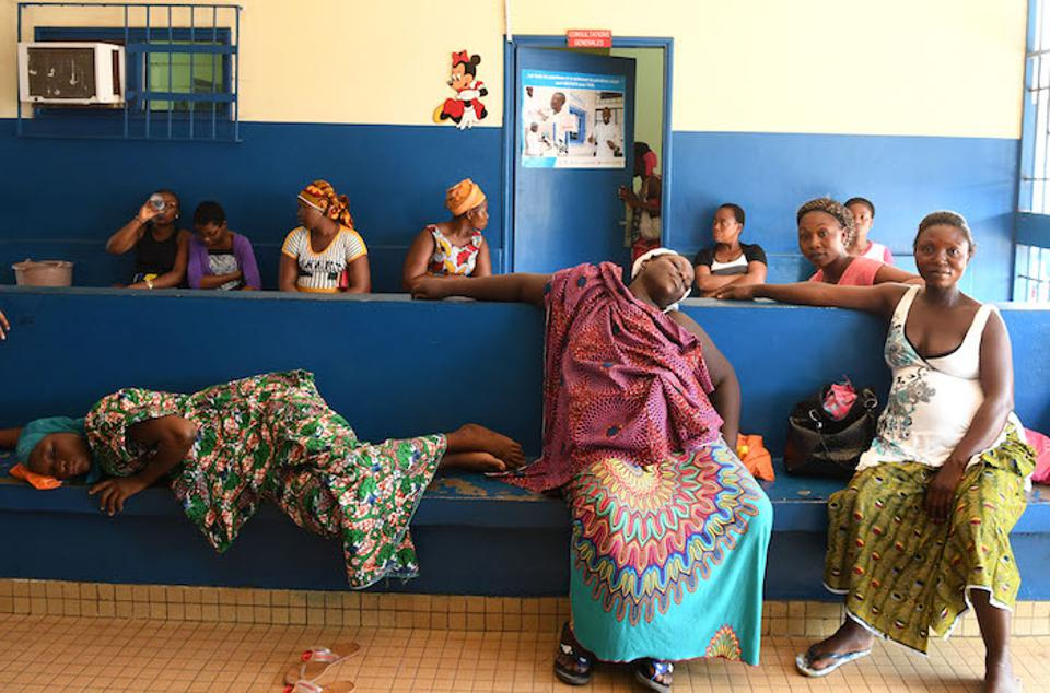 Pregnant women waiting for their prenatal consultations at a UNICEF-supported health center in Gonzagville, Abidjan.