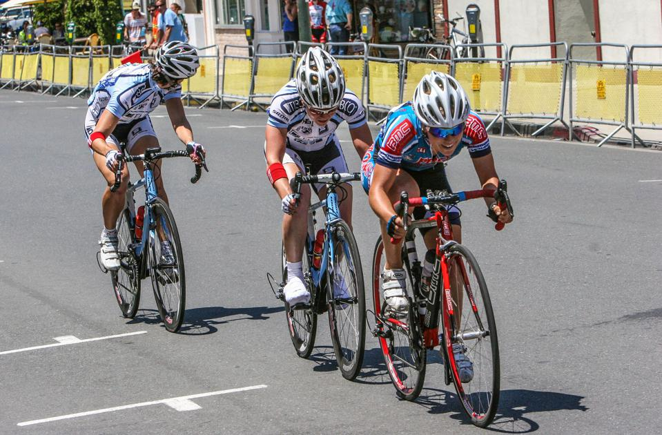 Alison Rosenthal of Leadout Capital cycling  in the Burlingame Criterium