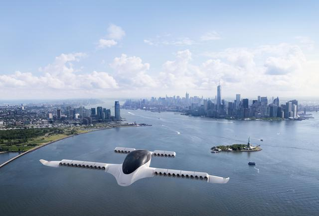 Lilium Flies Full-Scale Prototype Of Powerful Electric Air Taxi