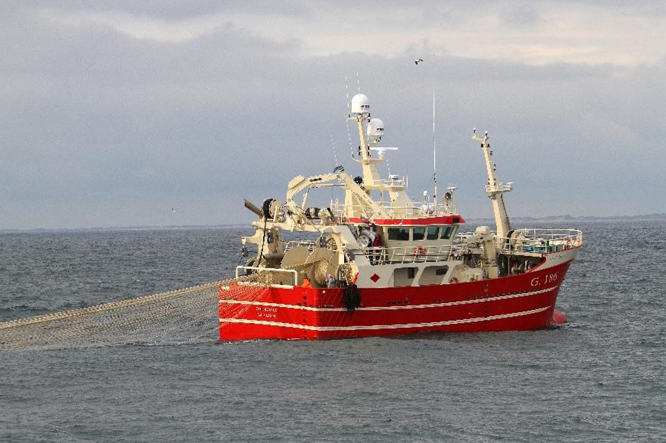 MHI fishing boat image 1