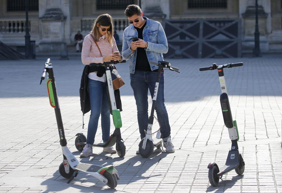 Electric Lime Scooters In Paris