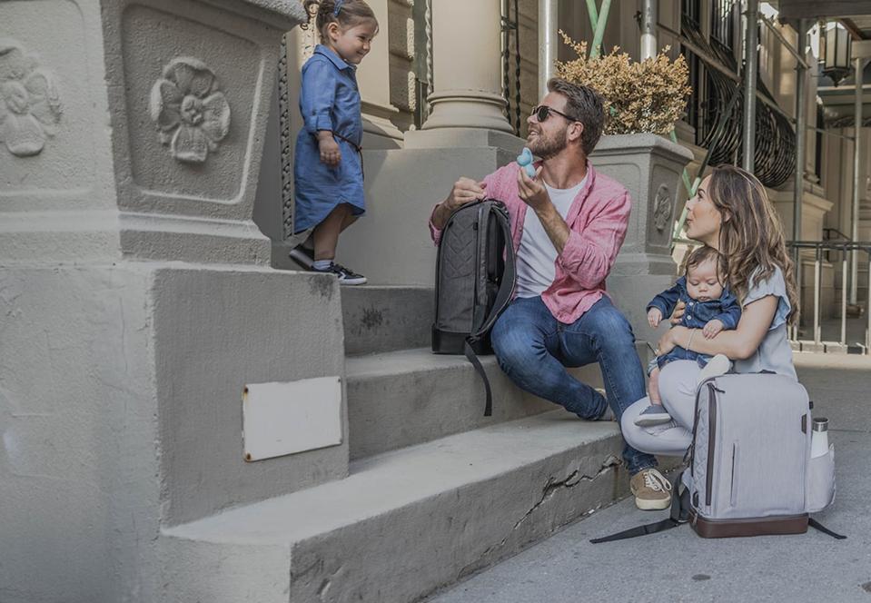 Vianetic 5-in-1 Smart Baby Diaper Backpack