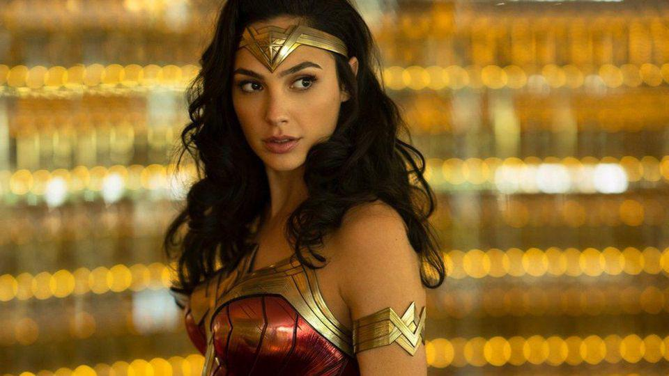 New Wonder Woman 1984 Release Date Offers A Chance At Box Office History