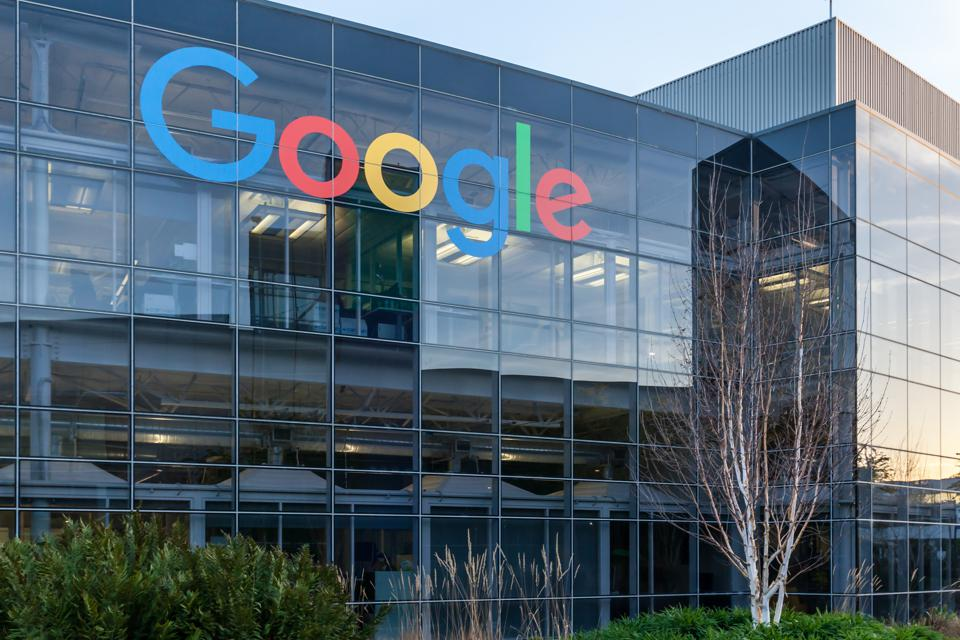 Google Chainlink BigQuery blockchain application