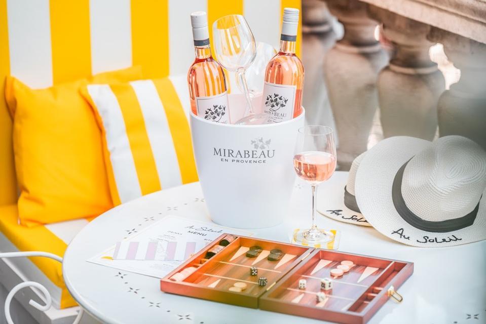 Mirabeau de Provence wine display