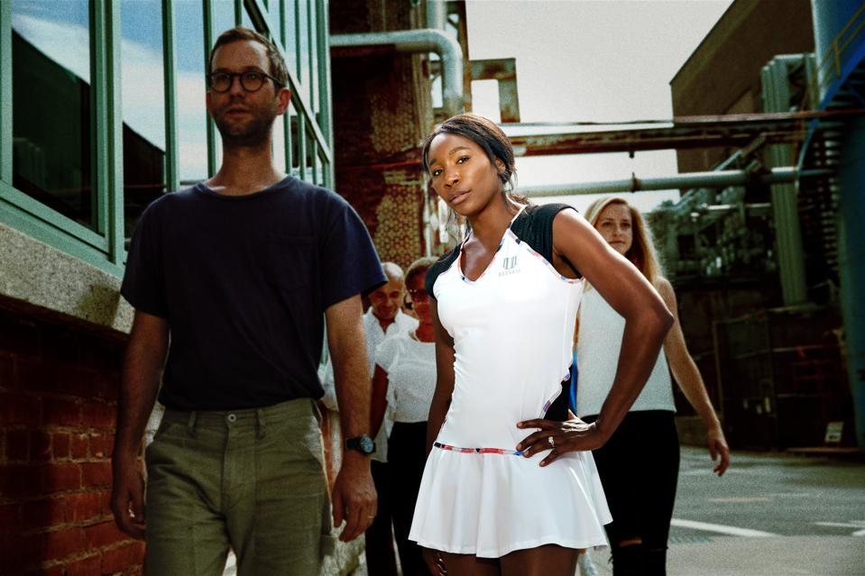 Venus Williams golf clothing