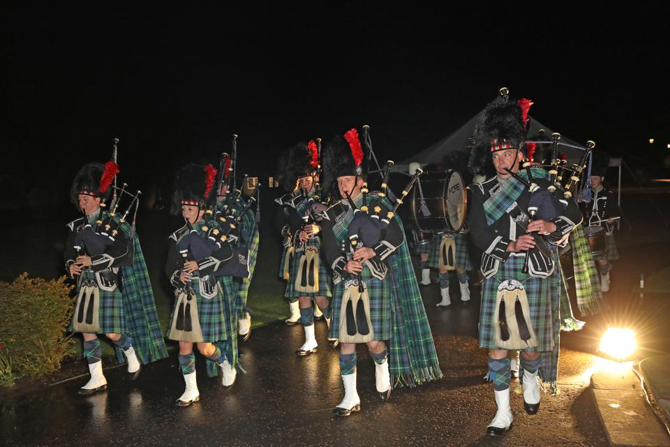 This is Scotland, after all, and it is not unusual to see a guest donning a kilt or a bagpipe player puffing traditional Scottish music in one of its vast halls.