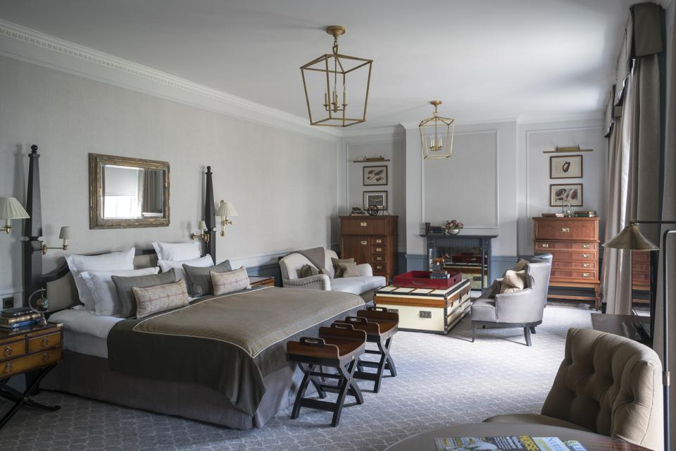 Gleneagles offers 232 well-appointed guest rooms, which includes 27 suites.