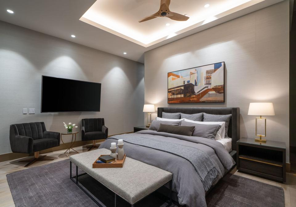 Master suite at Onni penthouse in Chicago