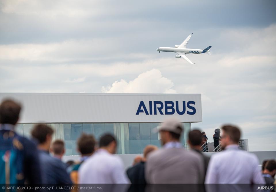 A350-1000 Flying display at Paris Air Show 2019.
