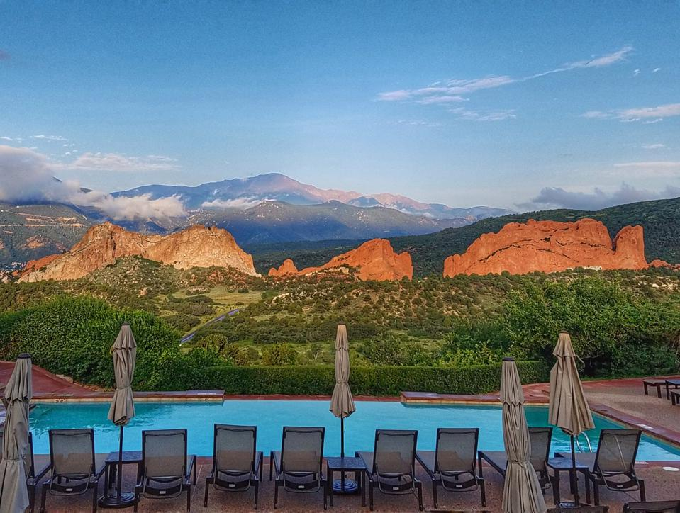 Infinity pool looking out at the Garden of the Gods in Colorado Springs, Colorado.