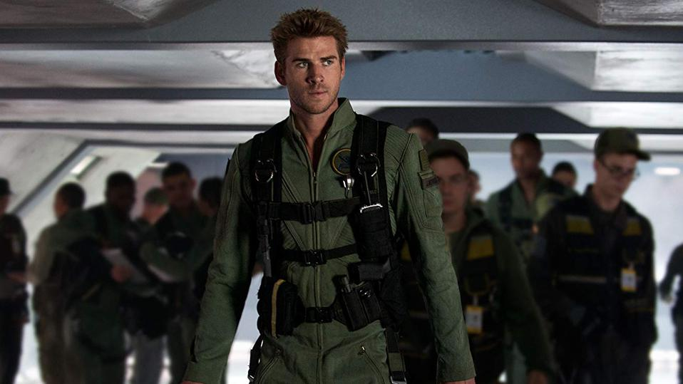 Liam Hemsworth (absolutely not Will Smith) in 'Independence Day: Resurgence'