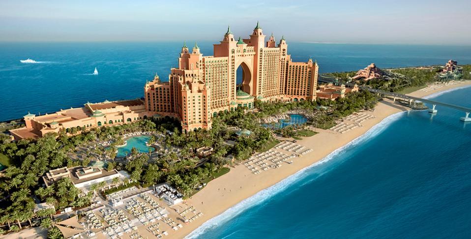 An aerial view of a hotel in Dubai.
