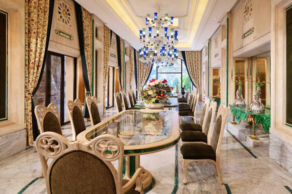 Dining room in the largest suite in the world