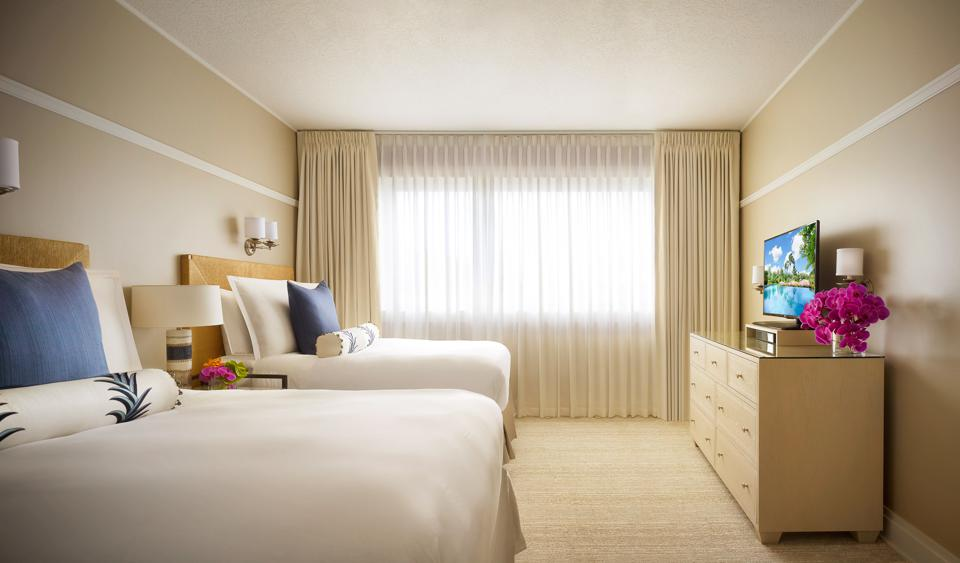 Residences are outfitted with Montage's fine bed linens as well as its plush towels and bathrobes.