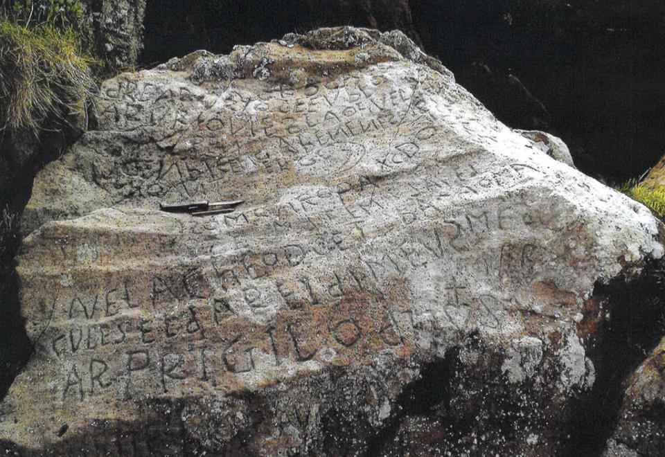 The rock in Plougastel in France needs deciphering
