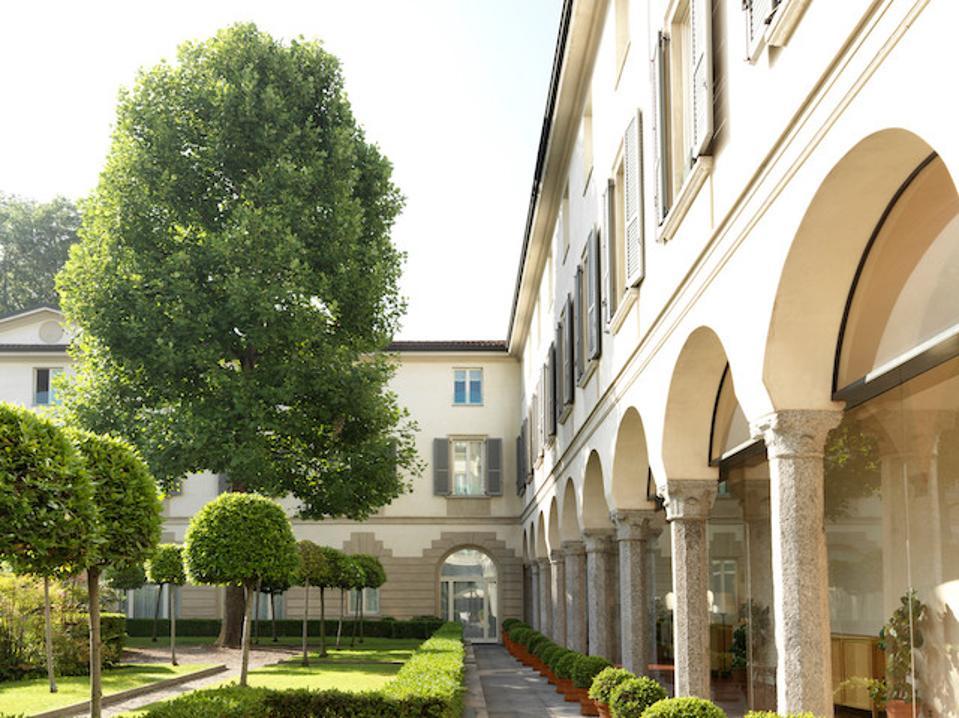 Four Seasons Hotel Milano, Courtyard