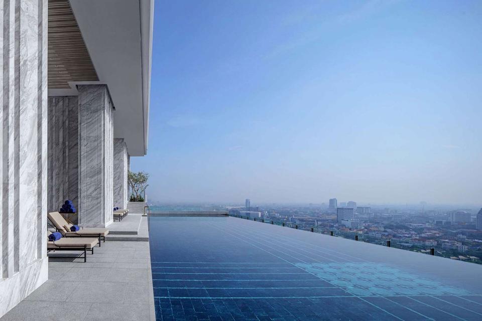 137 Pillars Suites & Residences Bangkok pool