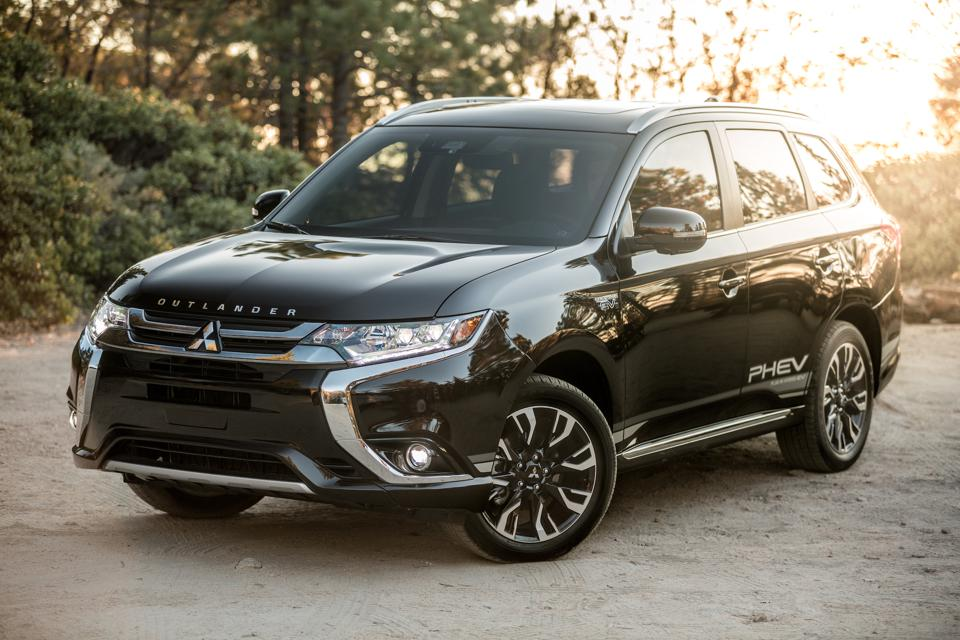 2019       Mitsubishi       Outlander       PHEV    GT SAWC Test Drive And Review  Present And Accounted For