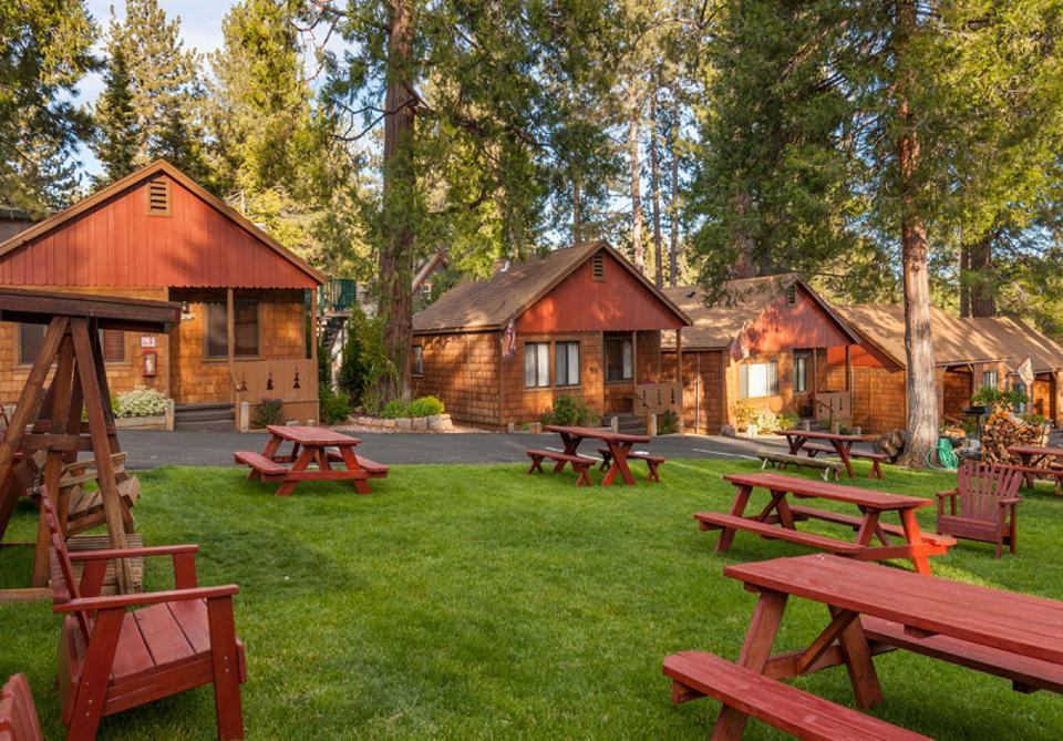 Cedar Glen Lodge offers guests a pristine setting to relax.