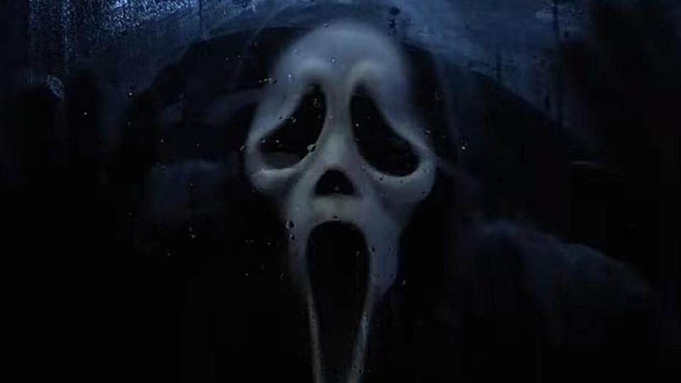 Original Ghostface mask in Scream: Resurrection