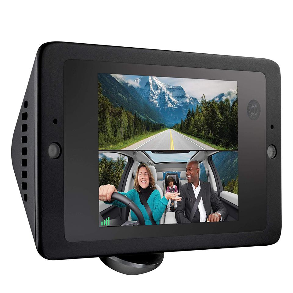 The Owlcam includes a front 1440P camera and rear-facing 720P camera for capturing what goes on in your car.