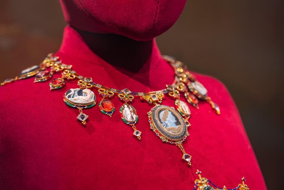 Devonshire Parure - Necklace