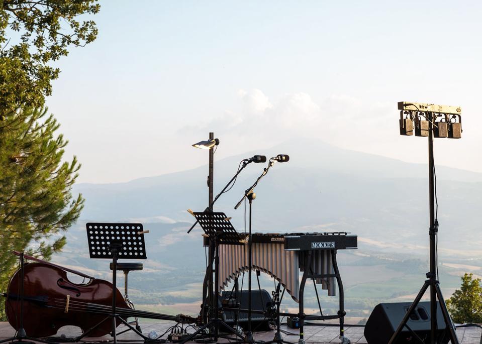 festival musik musim panas