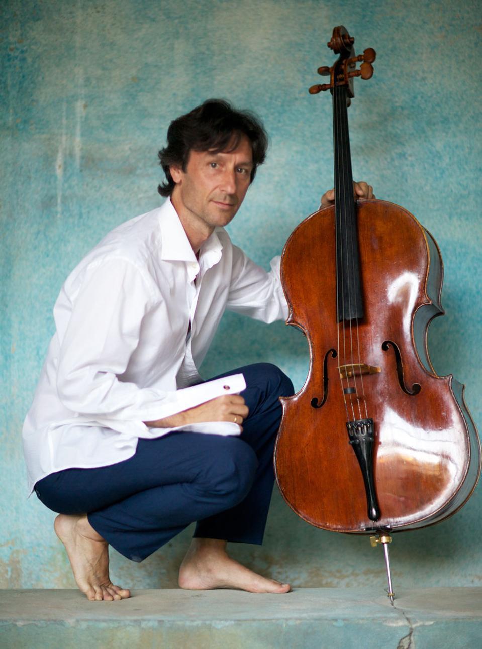seniman musik