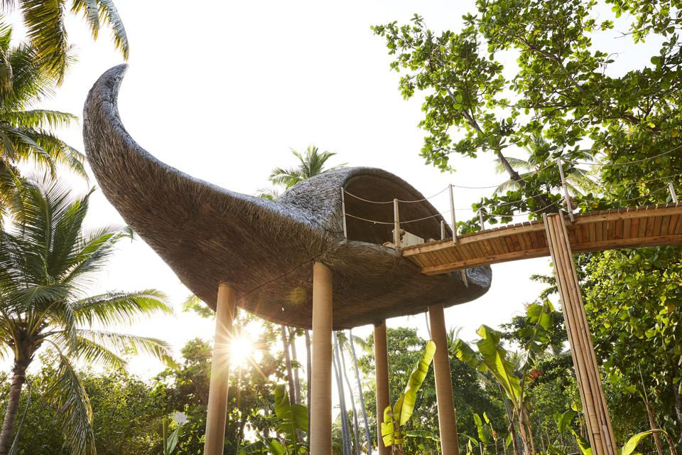 Porky Hefer - Elevated Manta Ray Tree House
