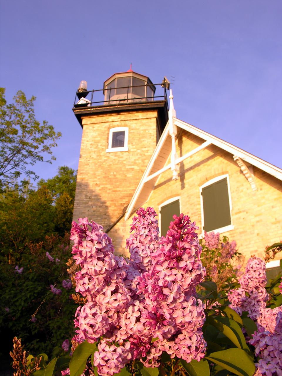 The Eagle Bluff Lighthouse