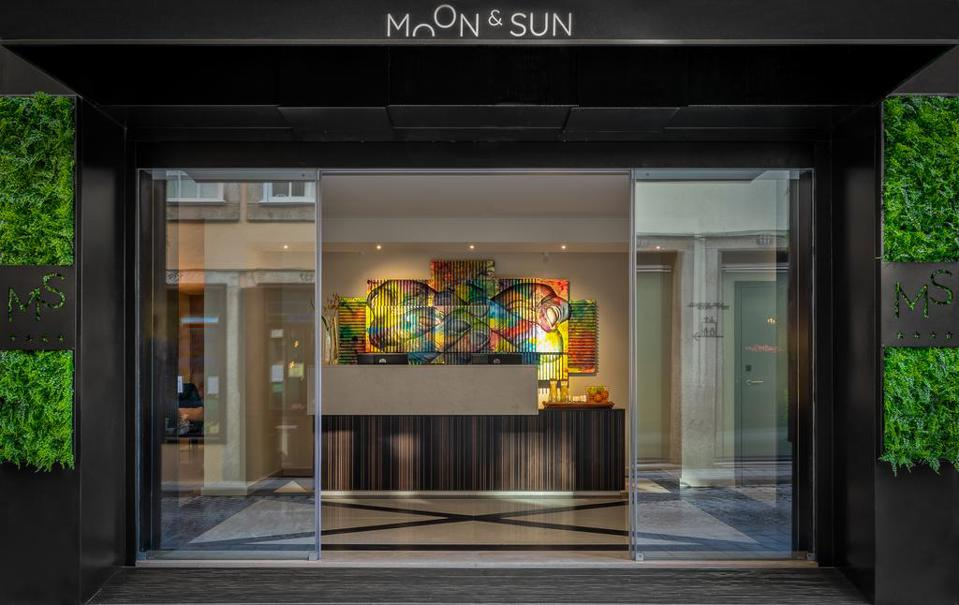 The lobby entry of Hotel Moon and Sun