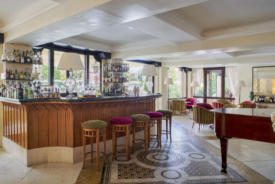 Gabbiano Bar