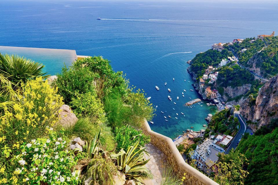 The Eight Best Hotels Along The Amalfi Coast