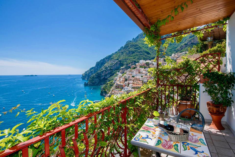The Seven Most Luxurious Hotels In Positano